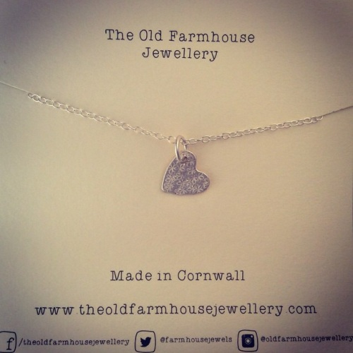 farm house heart necklace