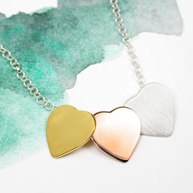 pom 3 hearts