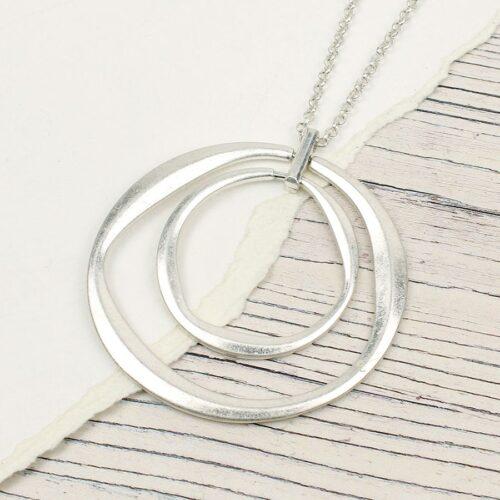 pom large necklace
