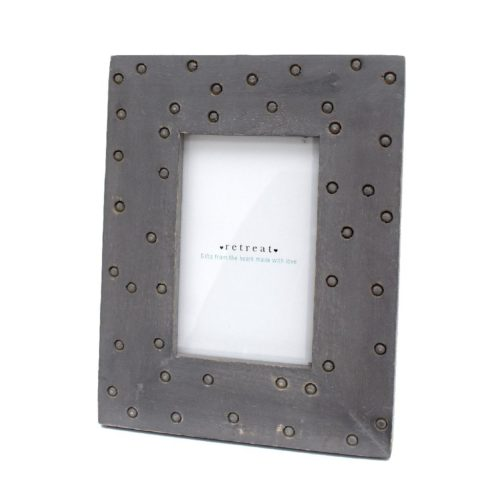 wooden-spotty-photo-frame-grey-6×4-23042497-1600