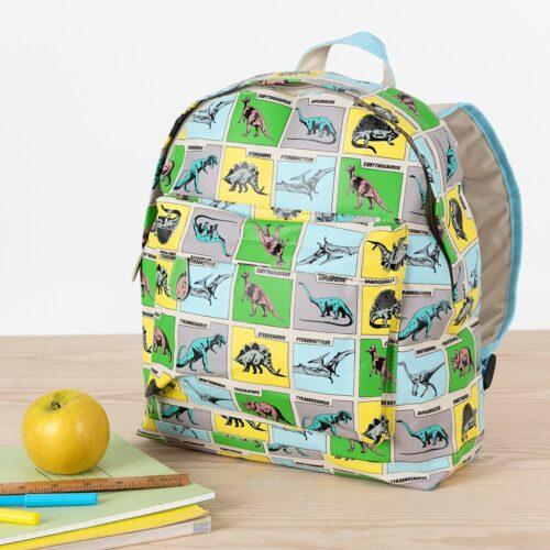 29081-prehisroric-land-backpack-lifestyle