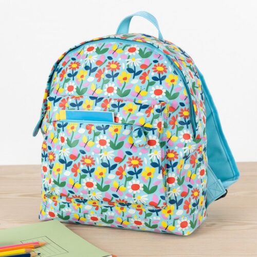 29136-butterfly-garden-backpack-lifestyle
